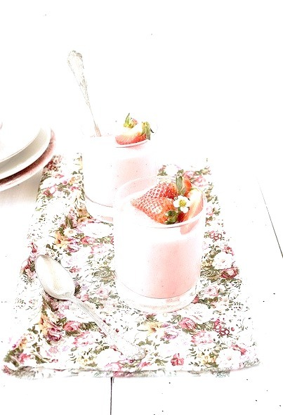 strawberry pudding {by http