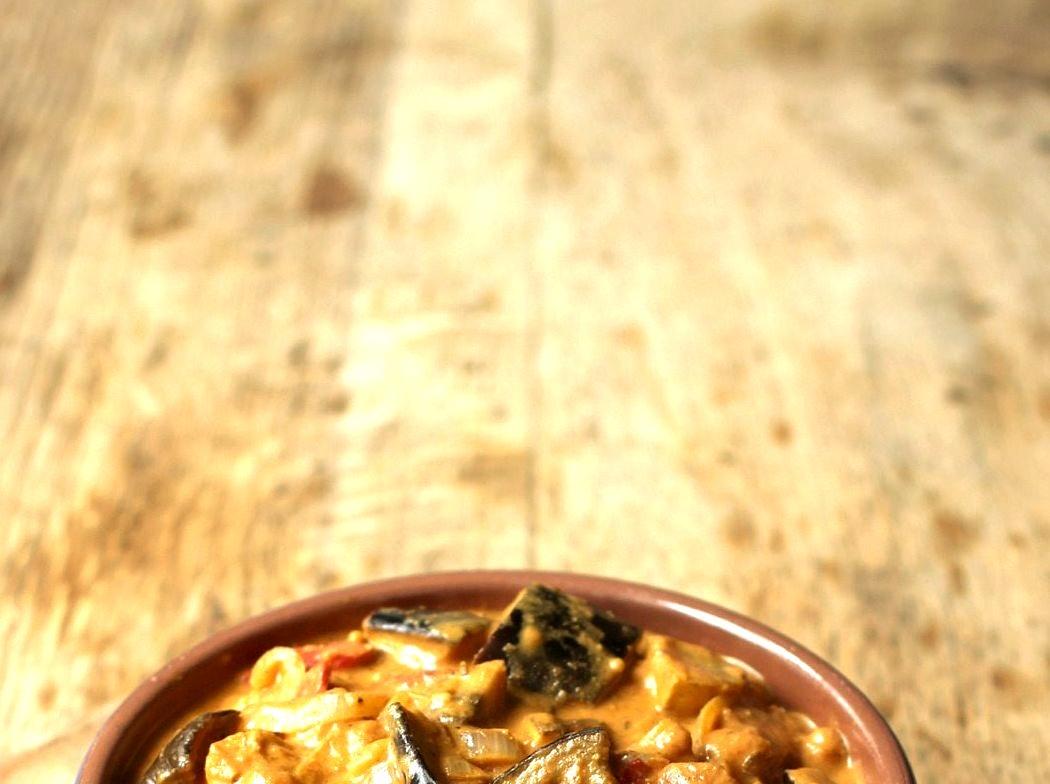 Vegetable Yogurt Curry made with Coconut Yogurt