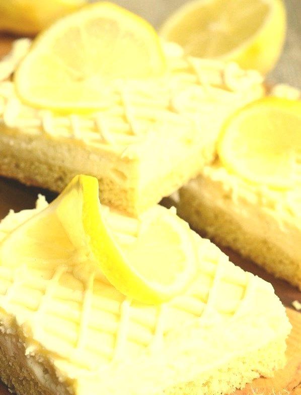 Vanilla Bean Lemon Cheesecake Bars